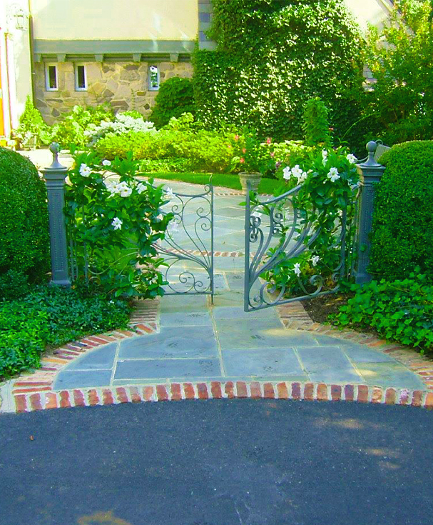 Landscape Maintenance & Gardening